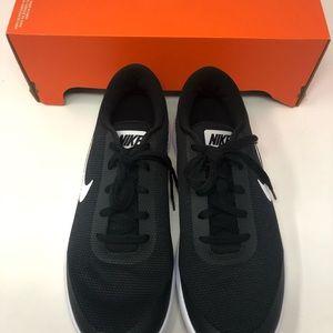 Nike Shoes - Nike WMNS Flex Experience RN 7